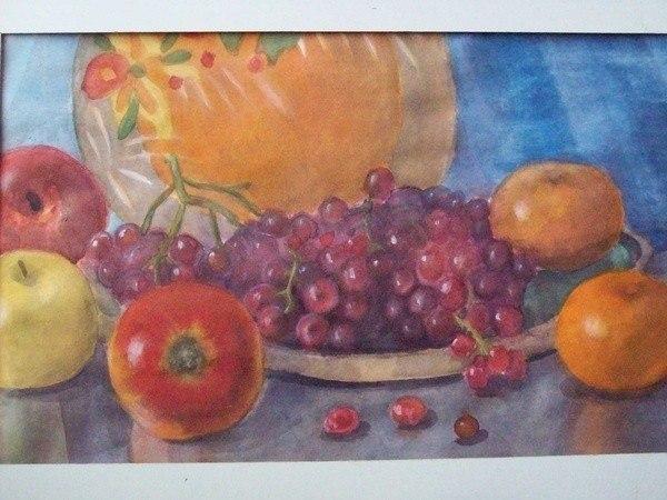 Виноград, яблоки и мандарины