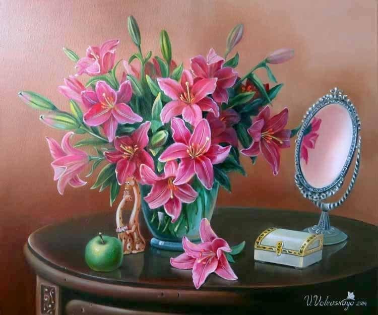 Лилии в натюрморте