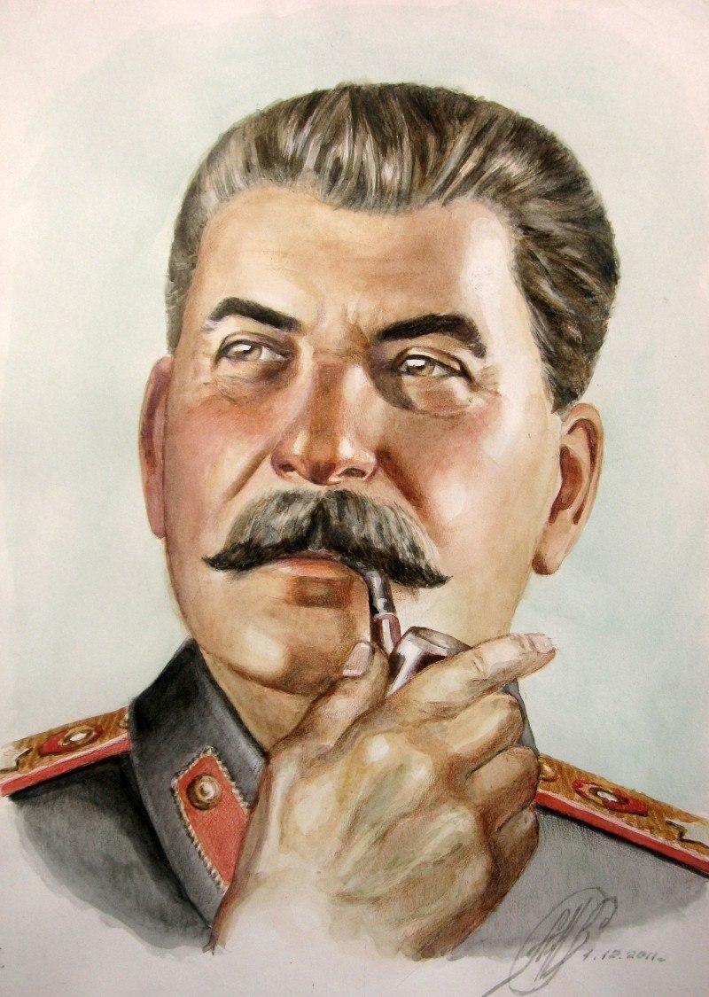 И.В.Сталин с любимой трубкой