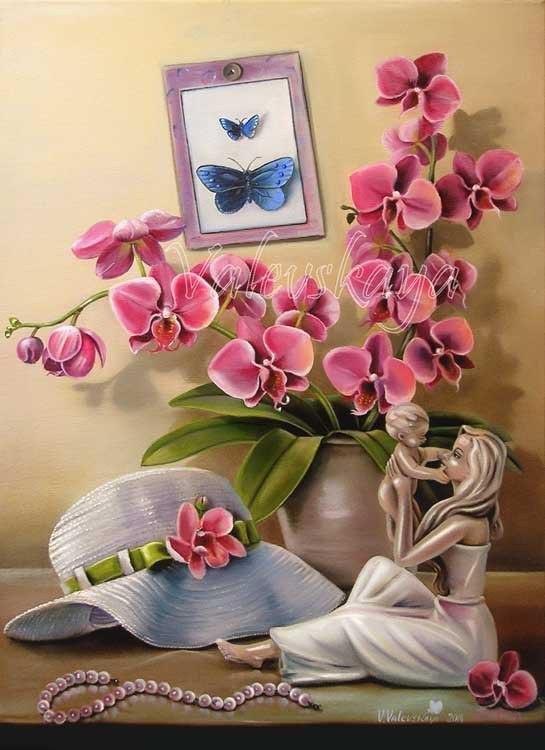Орхидея и шляпка