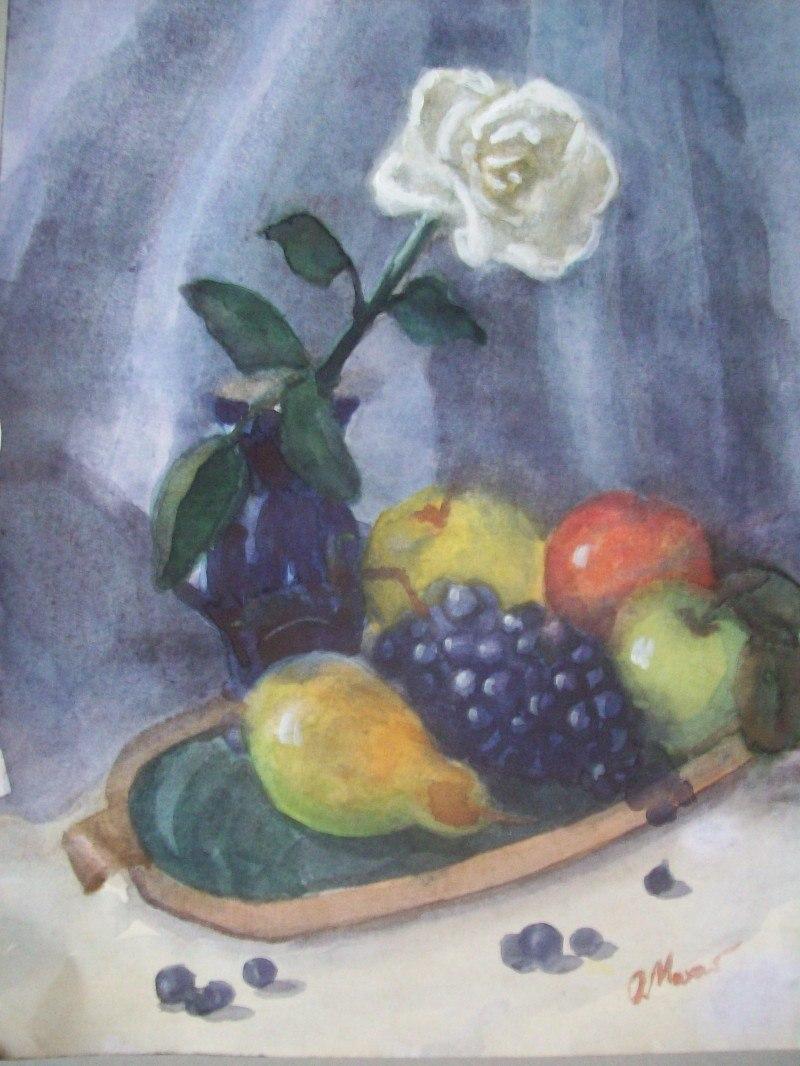 Белая роза и фрукты