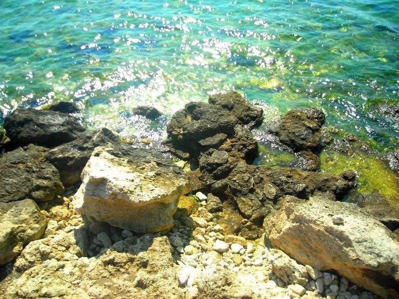 Море, камни...