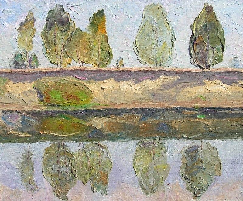 Берёзки смотрятся на себя в реке Снов.