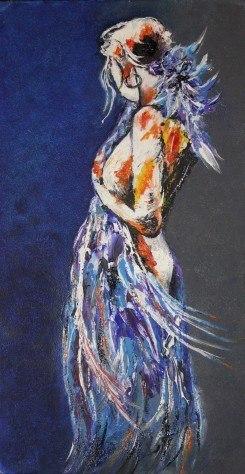 Девушка в синем