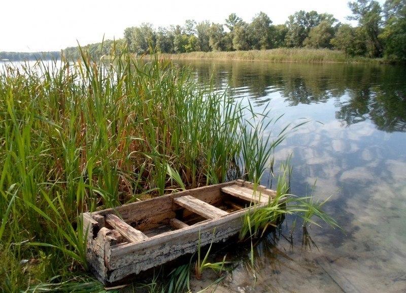 Лодка...