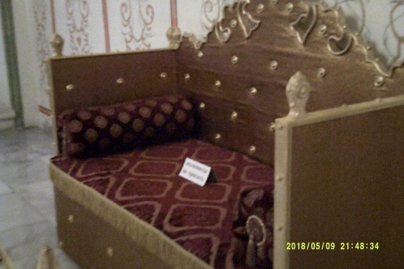 Диван в Ханском дворце