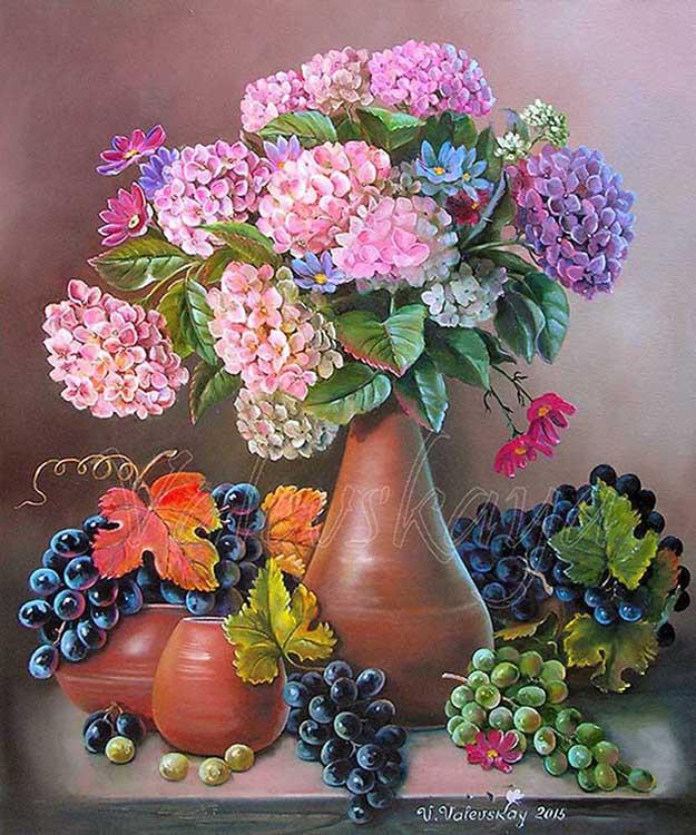 Виноград и гортензия