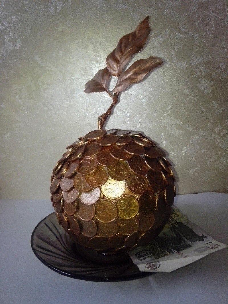 денежное яблоко