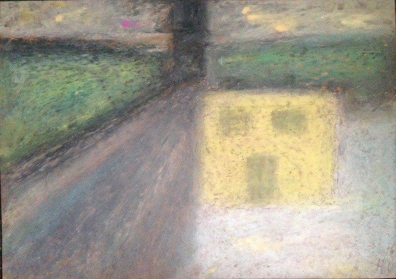 желтая трансформаторная будка