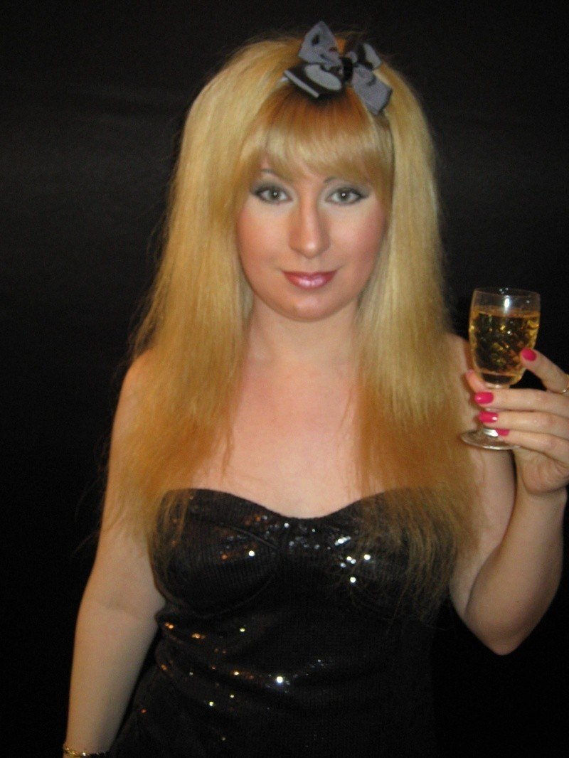 С бокалом шампанского